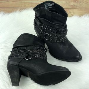 Not Rated Shoes - BUCKLE NOT RATED | Black Studded Swanky Boot